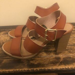 Old Navy strappy heels